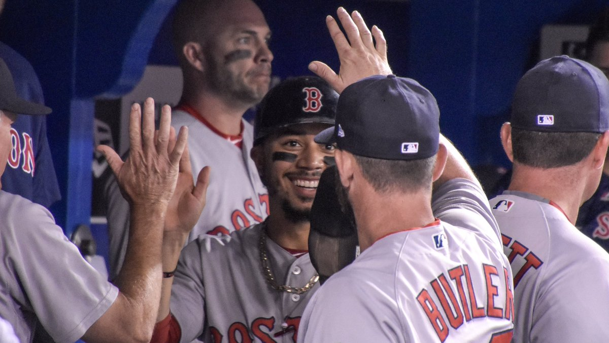 BREAKING: Mookie Betts Hits for Cycle in Toronto.