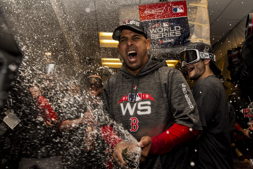 #RedSox, Alex Cora Agree to Contract Extension.