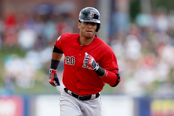 Gorkys Hernandez Mashes Homer, Makes Diving Catch in #RedSox Victory over Mets