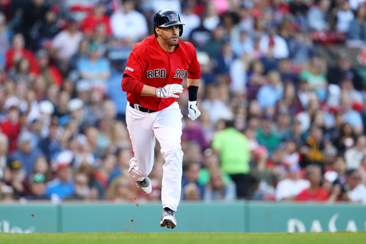 J.D. Martinez Decides Not to Opt out of Contract With Red Sox