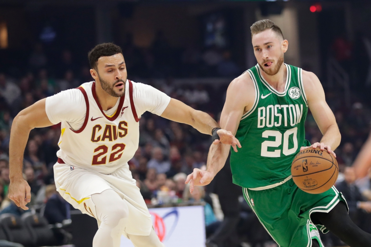 Gordon Hayward Has Career Night as Celtics Hold on to Top Cavaliers for Fifth Straight Win