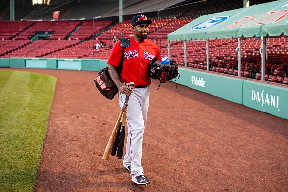 Red Sox re-sign Josh Ockimey, 8 others to minor-leaguecontracts