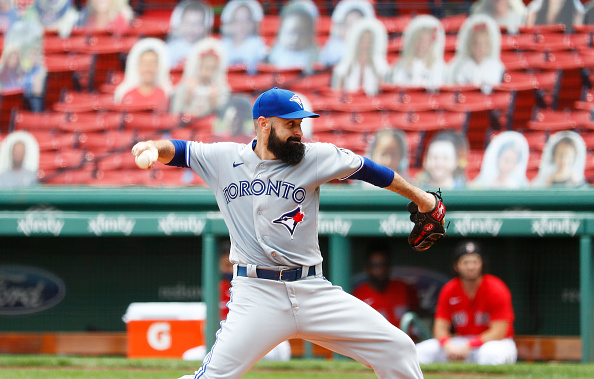 Red Sox among teams who have expressed 'initial interest' in free-agent right-hander Matt Shoemaker, per report