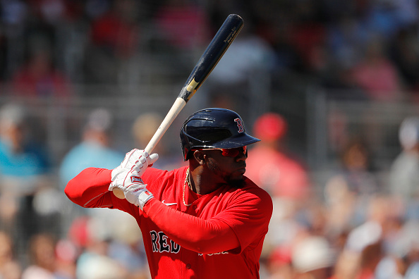 Former Red Sox outfielder Rusney Castillo heads to Japan, signs with NPB's Rakuten Golden Eagles
