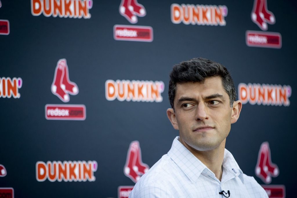 Red Sox would like to address bench depth by adding left-handed hitter, per report