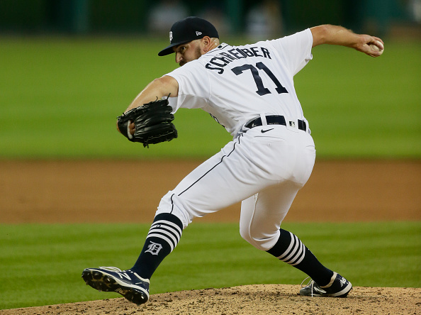 Red Sox claim right-hander John Schreiber off waivers from Tigers, place left-hander Chris Sale on 60-day injured list