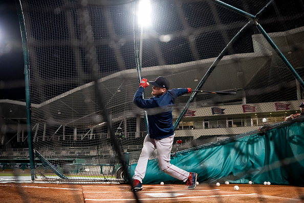 Red Sox' Alex Verdugo prefers hitting in batting cage to on-field batting practice: 'It keeps my swing more lockedin'