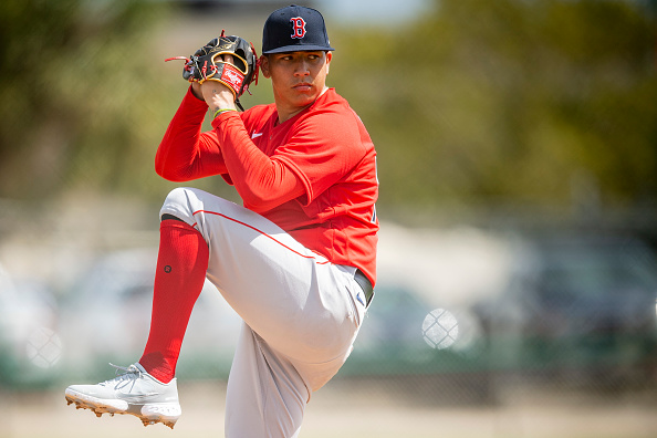 Top Red Sox pitching prospect Bryan Mata returns to throwing program after suffering slight UCL tear in early March