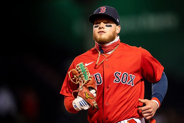 Red Sox' Alex Verdugo suffers leg cramp in loss to Mariners, but outfielder isOK