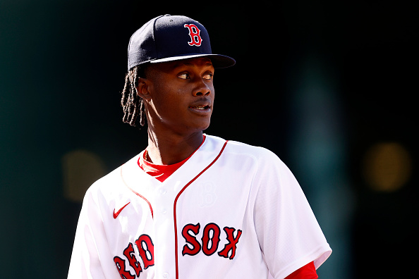 Phillips Valdéz off to strong start in second season with RedSox