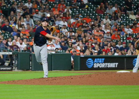Red Sox commit 2 costly errors, fail to get anything going offensively in 5-1 loss toAstros