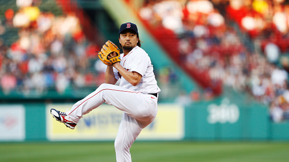 Red Sox' Hirokazu Sawamura dealing with right hip soreness; stint on injured list a possibility, Alex Corasays