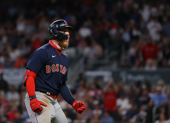 Alex Verdugo comes through with game-winning 3-run homer as Red Sox hold off Braves,10-8