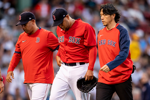 Red Sox' Eduardo Rodriguez forced to exit Friday's game against Yankees with migrainesymptoms