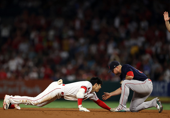 Christian Arroyo makes impact felt in return as Red Sox hold on to top Angels, 5-4, in dramaticfashion