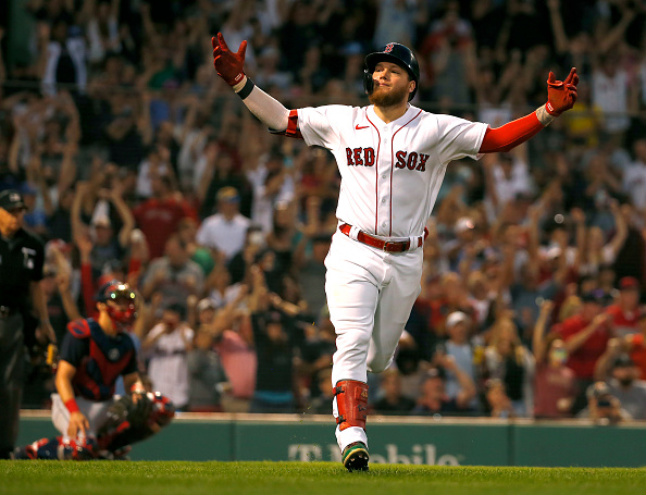 Alex Verdugo delivers with walk-off single as Red Sox extend winning streak to four straight with 4-3 victory overIndians
