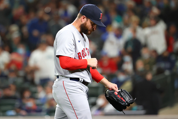 Kyle Schwarber, Hunter Renfroe commit 2 costly errors as Red Sox fall to Mariners,5-4