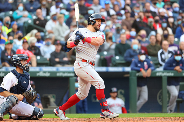 Red Sox break out for 6 runs in 10th inning to run away with 9-4 victory over Mariners inextras