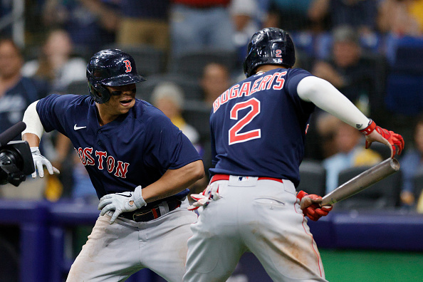 Red Sox crush 5 homers, collect 20 hits in 14-6 rout of Rays to even ALDS at1-1