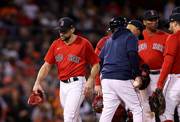 Red Sox blow late lead in process of falling to Astros, 9-2, in Game 4 ofALCS